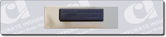 magnet_fastening_company_name_badge.jpg